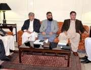 پشاور: خیبر پختونخواہ کے وزیر اعلیٰ پرویز خٹک سے انڈسٹریل اسٹیٹ ایسوسی ..