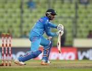 میر پور ، بنگلہ دیش میںجاری ایشیا کپ کے اہم میچ میں بھارتی بلے باز ..