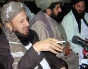 پشاور ، جمعیت علمائے اسلام سمیع الحق گروپ کے رہنما مولانا یوسف پریس ..