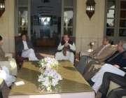 اسلام آباد، وزیراعظم نواز شریف تحریک انصاف کے چئیرمین عمران خان سے ..