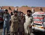اسلام آباد: فروٹ منڈی بم دھماکہ میں جاں بحق ہونیوالوں کے لواحقین غم ..