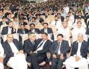 لاہور، مسلم لیگ (ق) کے سربراہ چوہدری شجاعت حسین وکلا کنونشن سے خطاب ..