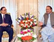 اسلام آباد: وزیر اعظم نواز شریف سے آصف زرداری ملاقات کر رہے ہیں۔