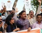 اسلام آباد، صحافتی تنظیموں کے ارکان جیو ٹی وی کے سینئر اینکر اور معروف ..