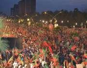 اسلامآباد، ڈی چوک میں تحریک انصاف کے ہزاروںکارکن جلسہ عام میں شریک ..