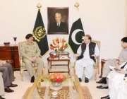 اسلامآباد، وزیراعظم نواز شریف ملک میں سیکورٹی بارے اعلی سطحی اجلاس ..
