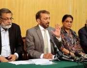 اسلام آباد، متحدہ قومی موومنٹ کے رہنما فاروق ستار دیگر رہنمائوں کے ..