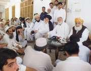 بنوں، جمعیت علمائے اسلام کے سربراہ مولانا فضل الرحمن وزیرستان کے متاثرین ..