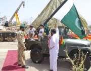 کوئٹہ، یوم دفاع کے موقع پر پاک فوج کے زیر اہتمام عسکری پارک میلے میں ..