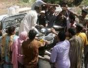 راولپنڈی، کرسچین کالونی کے سیلاب سے متاثرہ علاقوں کے رہائشیوں میں ..