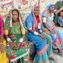 حیدر آباد: نصر پور کے رہائشی ہاری زمیندار کے خلاف احتجاج کر رہے ہیں۔