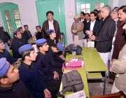 پشاور، سانحہ پشاور کے بعد سکول کھلنے پر وزیراعلی خیبر پختونخوا پرویز ..
