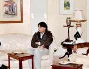 اسلامآباد، خیبرپختونخوا کے سینئر وزیر عنایت اللہ اور پارلیمانی لیڈر ..