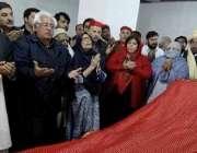 جلالآباد، عوامی نیشنل پارٹی کی رہنما بیگم نسیم ولی خان افغانستان ..