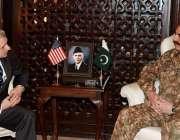 راولپنڈی، امریکی سینیٹر جیک ریڈ جنرل ہیڈکوارٹرز میں آرمی چیف جنرل ..
