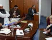 اسلام آباد، قومی اسمبلی کی خصوصی کمیٹی برائے کشمیر کے چئیرمین مولانا ..