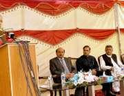 اسلامآباد، وفاقی وزیر پانی و بجلی خواجہ آصف آئیسکو ہیڈکوارٹر میں ..