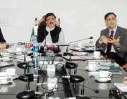 لاہور: صوبائی وزیر محمد راجا اشفاق سرور خلیجی ممالک کو سکلڈ لیبر فورس ..