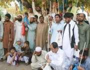 لاہور: نابینہ افراد اپنے مطالبات کی منظوری کے لیے فیصل چوک میں احتجاج ..