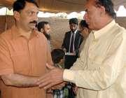 راولپنڈی: اسٹیشن کمانڈر بریگیڈیئر رانا زاہد احمد سے سماجی رہنما رشید ..