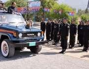 مظفر آباد: وزیراعظم آزاد کشمیر چوہدری عبدالمجید آزاد کشمیر کی پریڈ ..