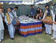 کوہاٹ: جشن بہاراں فیسٹیول میں شریک ٹوورازم کارپوریشن خیبرپختونخوا ..