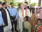اسلام آباد: امام کعبہ ڈاکٹر خالد بن علی الغامدی آئی آئی آر او کے یتیم ..