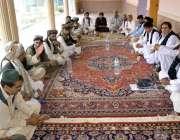 کوئٹہ: حاجی لالا خان بادیزی، قبیلے کے کور کمیٹی کے اجلاس کی صدارت کر ..