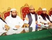 اسلام آباد: اتحاج تنظیمات مدارس کے مفتی منیب الرحمن، مولانا حفیظ جالندھری ..