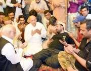 لاہور: تحریک انصاف کی کور کمیٹی کے رکن چوہدری محمد سرور جور صوبائی صدر ..