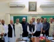 """لاہور: ایف پی سی آئی کے ریجنل آفس میں وفاقی بجٹ 2015-16کے حوالے سے """"بجٹ .."""