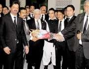 راولپنڈی: صدر آزاد کشمیر سردا یعقوب کی راولپنڈی بار ایسوسی ایشن آمد ..