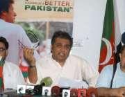 کراچی: پاکستانی تحریک انصاف سندھ کے صدر علی زیدی نقوی و دیگر میڈیا سیل ..