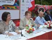 کراچی: پاکستان میں سوئٹزر لینڈ کے قونصل جنرل ایمل وائس پریس کانفرنس ..