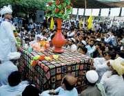 بنوں: پاکستان مسلم لیگ (ن) کے صوبائی نائب صدر ڈاکٹر صاحب زمان نورڈ میں ..