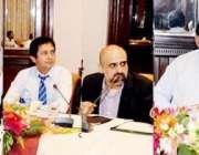 لاہور: مشیر وزیر اعلیٰ پنجاب خواجہ احمد حسان ماڈل قبرستان کے حوالے ..