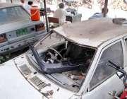راولپنڈی: احاطہ کچہری میں کھری سرکاری گاڑیوں کو کوڑا دان کی جگہ استعمال ..