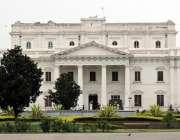 لاہور: باغ جناح میں واقع تاریخ جناح لائبریری کی عمارت کا خوبصورت منظر۔