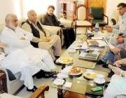 ایبٹ آباد: خیبر پختونخوا کے وزیر اطلاعات مشتاق غنی گریوٹی فلو سکیم ..
