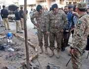 راولپنڈی: ڈھیری حسن آباد میں گیس سلنڈر دھماکہ کے بعد افسران جگہ کا معائنہ ..