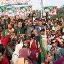 لاہور: تحریک انصاف کے زیر اہتمام حکومتی پالیسیوں کے خلاف پنجاب اسمبلی ..