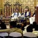 لاہور: تحریک انصاف پنجاب کے صدارتی امیدوار چوہدری محمد سرور پارٹی کارکنان ..