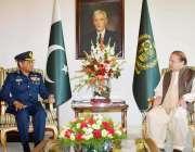 اسلام آباد: وزیر اعظم محمد نواز شریف سے ایئرچیف سہیل امان ملاقات کر ..