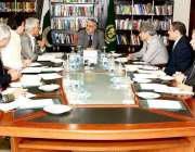اسلام آباد: وزیر خزانہ سینیٹر اسحاق ڈار دسویں بین الاقوامی مالیاتی ..