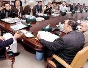 پشاور: وزیر اعلیٰ خیبر پختونخوا پرویز خٹک وزیر اعلیٰ سیکرٹریٹ میں ہنگو ..