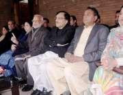 لاہور: تحریک انصاف کے مرکزی رہنما اعجاز احمد چوہدری ، ڈاکٹر یاسمین ..