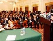 لاہور: وزیر اعلیٰ پنجاب محمد شہباز شریف مقامی ہوٹل میں پاکستانی چائنہ ..