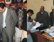 اسسٹنٹ کمشنر پیر محل حافظ محمد نجیب پیک کے زیر اہتمام تحصیل بھر میں ..