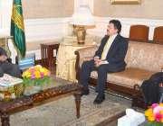 لاہور: گورنر پنجاب ملک محمد رفیق رجوانہ سے پاکستان میں ملائشیا کے سفیر ..