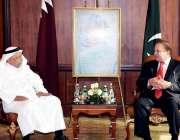 دوحہ: شاہی خاندان کے رکن خالد بن حماد سے وزیر اعظم محمد نواز شریف ملاقات ..